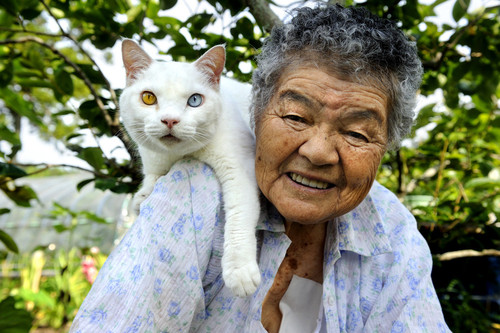 A grandma and her kittie, click photo for more!