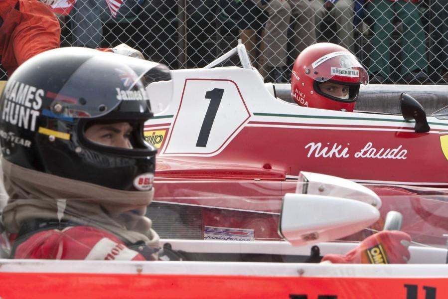 Niki Lauda gives James Hunt the evil eye.