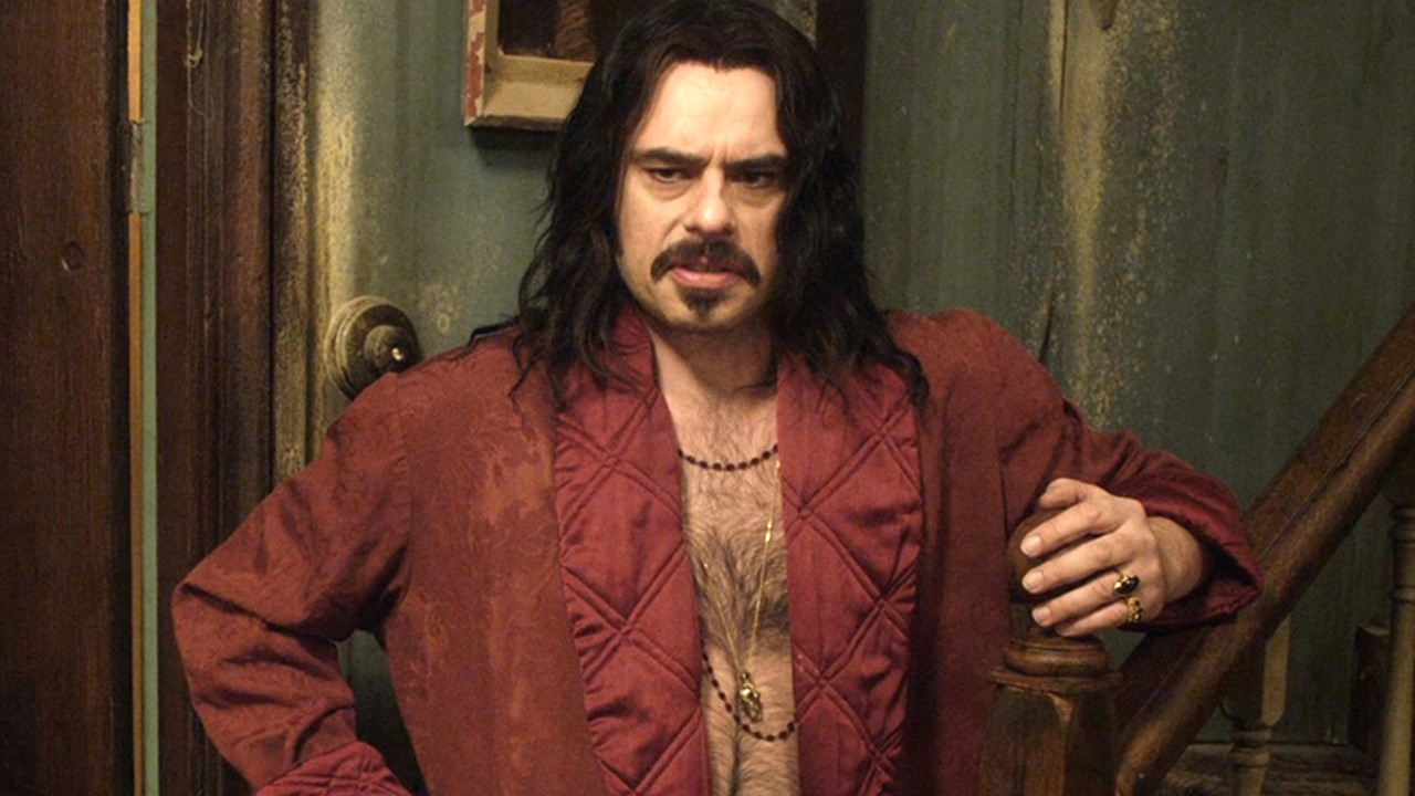 Jemaine clement flies solo in what we do in the shadows