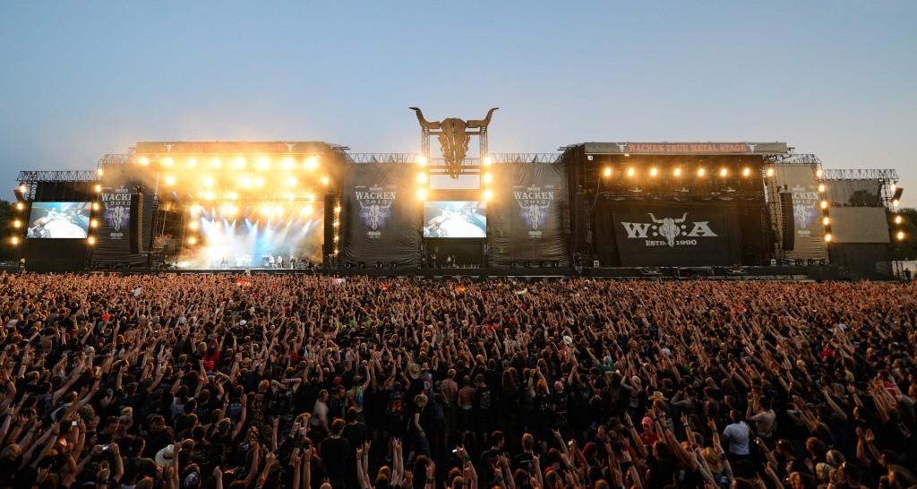 According to Motörhead's drummer, heavy metal has three volumes: Loud, super loud and hospital loud.
